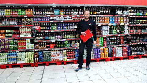 – Ryktene i Gjøvik om vårt øl-tilbud spredte seg fort, sier butikksjef Rune Disserud som har doblet antall øltyper i butikkhyllene på Extra Kallerud.