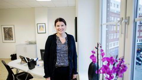 Mer makt enn fra legekontoret. Kari Sollien er ny leder i Akademikerne. Foto: Øyvind Elvsborg