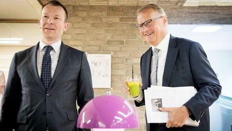 Kommunikasjonsdirektør Thomas Midteide (til venstre) og konsernsjef Rune Bjerke i DNB. Nå overtar banken lavpriskjeden Nille for å sikre egne lån.