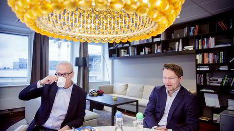 – Det å kunne skrive et språk som datamaskinen forstår, blir like viktig som å lære å lese bokstaver, sier Google-sjef Jan Grønbech (til venstre). McKinsey-sjef Martin Bech Holte er enig, og mener Norge ligger kraftig på etterskudd på dette området.