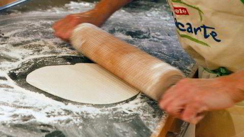 Norske møller varsler prisøkning på mel etter tørken i sommer.