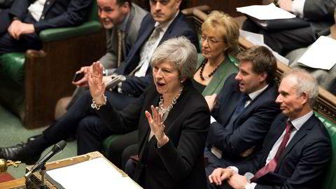 Storbritannias statsminister Theresa May taler i det britiske Underhuset tirsdag.