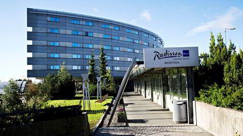 Styret i Rezidor, hotellselskapet som blant annet driver Radisson Blu Airport Hotel på Gardermoen, sier unisont nei til oppkjøpstilbudet fra majoritetseieren, kinesiske HNA Tourism Group.