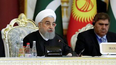 Irans president Hassan Rouhani er villig til å forhandle med USA så fremt sanksjonene mot landet fjernes.
