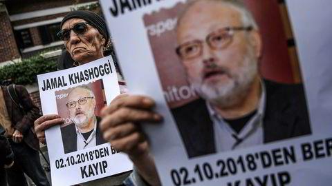 Jamal Khashoggi er bekreftet død, men ikke gjort rede for. Her fra en demonstrasjon i Istanbul.