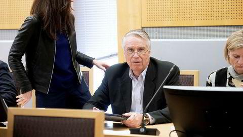 Tidligere styreleder Erik Thorsen i RenoNorden tar til motmæle mot Arne Vigelands beskyldninger om at han skal ha spredt innsideinformasjon. Vigeland har saksøkt styret i RenoNorden.