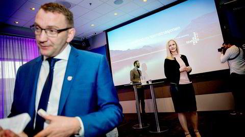 – Vi hadde et mål om å bikke 100 milliarder, men det nådde vi ikke helt. Dette gjør at vi nå har litt å strekke oss etter, sa statssekretær Roy Angelvik i Nærings- og fiskeridepartementet (til venstre). Her sammen med administrerende direktør Renate Larsen Norges sjømatråd.