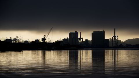 Den økonomiske utviklingen i Norge er bedre enn man kunne frykte, argumenterer sjefanalytiker Erik Bruce. Bildet er fra Sjursøya i Oslo. Foto: Håkon Mosvold Larsen.