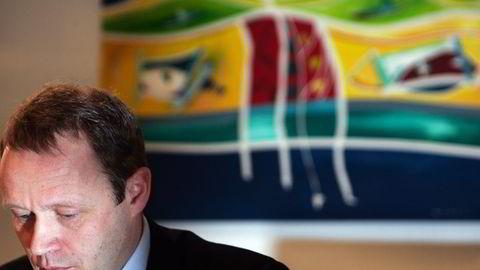 KOSTBARE RÅD. Fersk styreleder i Warren AS, Ola Sundt Ravnestad, ber om arbeidsro etter at datterselskapet Warren Capital fikk stryk av Finanstilsynet. Styret vil blant annet vurdere erstatningskrav mot advokatfirmaet som bidro til at konsesjonen glapp. Foto: Ståle Andersen.