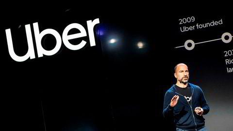 I tillegg til å frakte mennesker og tilby matleveringstjenester gjennom Uber Eats, skal selskapet nå også inn i bemanningsbransjen. Bildet viser Uber-toppsjef Dara Khosrowshahi under en presentasjon i San Francisco 26. september.