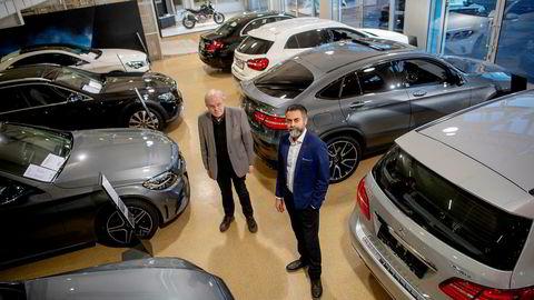 Zahid Saddiq (til høyre), daglig leder i Star Autoco er svært kritisk til Bertel O. Steens oppsigelser av forhandlerkontrakter. Her med advokat Johan Haga.