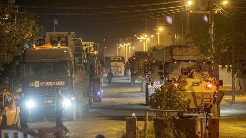 Den tyrkiske hæren er på vei til grensen mot Syria og er snart klar til å rykke inn i nabolandet.