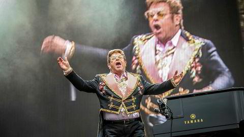 Bergen Live hentet inn filmaktuelle Elton John til Bergen i juni, der han fremførte slagere fra sin «Farewell Yellow Brick Road»-turné.