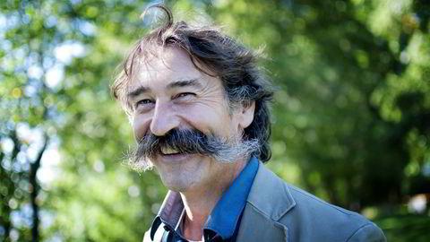 Joseph Landron er vinprodusent i Loire i Frankrike. Han har hatt den samme barten i 20 år. Foto: Kristine Nyborg