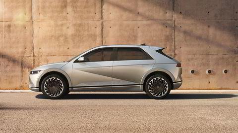 Med Ioniq 5 går Hyundai vekk fra sitt avrundede design i mer kantete retning.