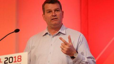 LO-sjef Hans Christian Gabrielsen mener ansatte i større grad bør få sin del av bedriftenes overskudd. På bildet er han på LOs Kartellkonferanse på Gol ifjor.