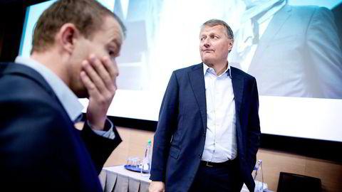 Alle selskapene er avsluttet og stengt, sier DNB-sjef Rune Bjerke. I forgrunnen står Thomas Midteide. Foto: Ida von Hanno Bast