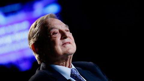 George Soros setter av flere milliarder kroner som skal hjelpe bedrifter startet av flyktninger og innvandrere. Foto: Pascal Lauener/Reuters/NTB Scanpix