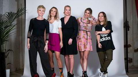 Bertine Zetlitz (fra venstre), Line Langmo, Nina Wang Gaarder, Tone Damli og Anne-Grethe Starheim var på promofilminnspilling hos Girl Crush i forbindelse med lanseringen av nettmagasinet Dailystory i 2017.