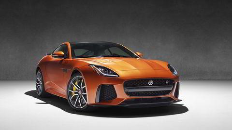 Jaguar F-Type SVR er basert på R-modellen, og kommer selvsagt med firehjulsdrift. Alle foto: Jaguar
