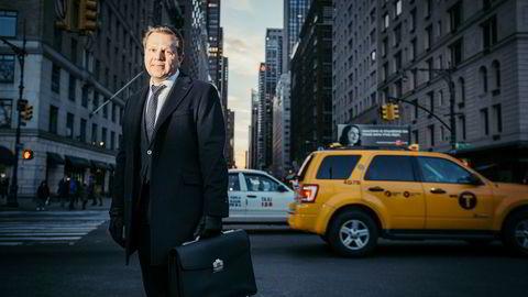 Donald Trumps motgang på blant annet skattereformen og svakere selskapsinntjening i USA får sjefstrateg Leif-Rune Rein i Nordea Wealth Management til å anbefale investorer å styre unna amerikanske aksjer.