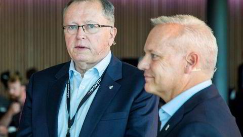 Ny konsernsjef i Equinor, Anders Opedal (t.h.) sammen med avtroppende konsernsjef Eldar Sætre.
