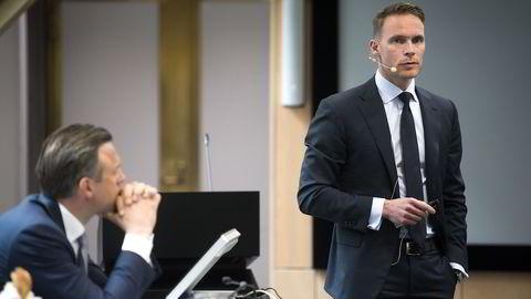 Oljefondets nestleder Trond Grande og eiendomssjef Karsten Kallevig (tv) legger frem fondets Q1-rapport.                    Foto: Per Ståle Bugjerde