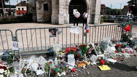 En prest ble drept under et terrorangrep i en kirke i landsbyen Saint-Étienne-du-Rouvray i Normandie i Frankrike tidligere denne uken. Foto: François Mori/AP/NTB Scanpix