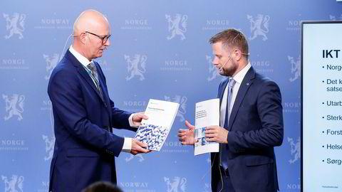 Helsedirektoratet ved Bjørn Guldvog (til venstre) og helseminister Bent Høie (H) er bekymret over legemiddelmangelen i Norge.