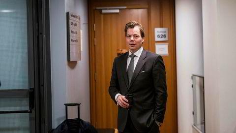 Konsernsjef Lars Sperre i Norske Skog er tirsdag morgen til stede under første skiftesamling i det børsnoterte konsernet Norske Skogindustrier asa.