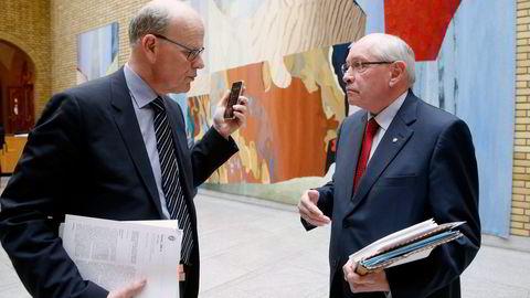 Artikkelforfatter Michael Tetzschner (H) (til venstre) mener kontrollkomiteen må endre sin arbeidsmåte. Her er han sammen med komitéleder Martin Kolberg (Ap). Foto: Vidar Ruud /