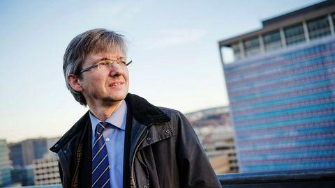 Statssekretær i Kommunal- og moderniseringsdepartementet Paul Chaffey (H) er blant Questerre-aksjonærene som kan glede seg over kraftig kursoppgang den siste uken.