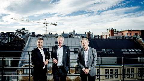 Sammen med Søylen-partnerne Carl Erik Krefting (i midten) og Hans Petter Krohnstad har investor Runar Vatne (til venstre) tjent milliarder på kjøp og salg av næringseiendom. Nå går han også inn i boligmarkedet gjennom kjøp av aksjer i Solon.