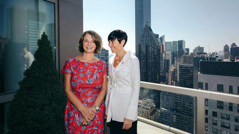 Utenriksminister Ine Eriksen Søreide er venninne med Mona Juul, Terje Rød-Larsens kone og Norges FN-ambassadør i New York. Her er de på terrassen i Juuls representasjonsbolig på Manhattan.