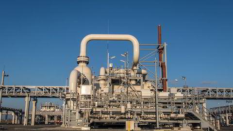NYÅPNET. Gassco åpnet ny mottaksterminal for norsk naturgass i Emden i Tyskland. Den nye mottaksterminalen skal sikre gassforsyningen til Tyskland for mange tiår framover. FOTO: Jens Eldøy / Gassco /