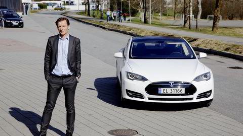 Tesla nekter forvalter Robert Næss å kjøpe flere av deres biler da bilprodusenten mener han spekulerer i videresalg. Foto: Paul S. Amundsen