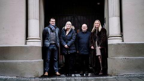 Fra venstre: Forskningssjef Erling Røed Larsen i Eiendomsverdi, seniorøkonom Mari O. Mamre i Ny Analyse, adm.dir. Baard Schumann i Selvaag Bolig og regionsjef Tone C. Krange i DNB Eiendom.