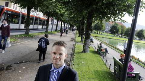 ANBEFALT AKSJE. Toppsjef Jan Erik Kjerpeseth leder en av bankene som Fondsfinans anbefaler å kjøpe aksjene til. Foto: Helge Skodvin
