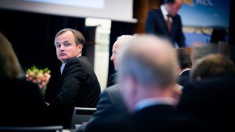 Jan Chr. Opsahl (i profil) satser på Nel og hydrogen etter suksessen med Rec Solar. Med seg har han blant andre Øystein Stray Spetalen (til venstre). Foto: Gunnar Lier