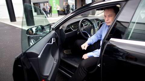 Tesla toppsjef Elon Musk gir folk veldig gode grunner til å kjøpe Tesla nå. Kjøp en Tesla og tjen opptil 30.000 dollar i året på å leie den ut til flåten av robottaxier.