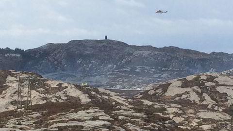 Et offshore helikopter styrtet ved Turøy utenfor Bergen fredag ettermiddag. Foto: Marit Hommedal /