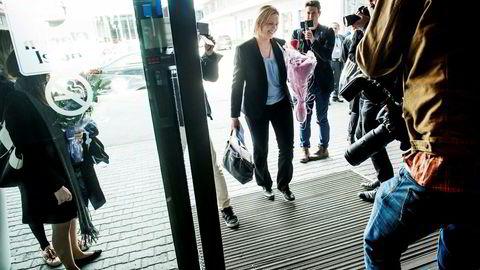Sylvi Listhaug ser ikke noe problem med at hun er involvert i saken der en av hennes tidligere kunder er aktør. Her ankommer hun Frps landsmøte tidligere i år etter at hun ble statsråd.