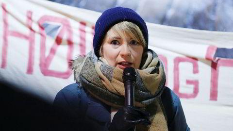 Kari Elisabeth Kaski i SV refser sentralbanksjefens miljøbudskap. Her fra en demonstrasjon tidligere i vinter.
