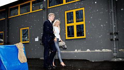 Tor Olav Trøim, her med kona Celina Midelfart, går nå inn i styret i Stolt-Nielsen. Foto: