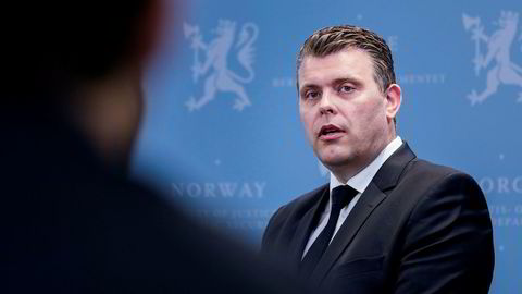 Jøran Kallmyr overtok som justisminister etter fungerende justisminister Jon Georg Dale.