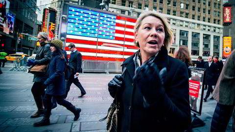 Næringsminister Monica Mæland beskyldes av reklamemann Ingebrigt Steen Jensen for å ville selge Norge. Foto: Ørjan F. Ellingvåg og Elin Høyland