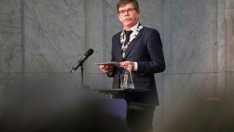 Rektor Svein Stølen ved Universitetet i Oslo er fornøyd med kåringen.