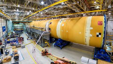 Nasa ønsker å sende mennesker til månen igjen i 2024.