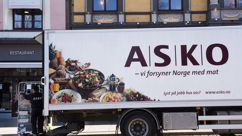 Statsminister Erna Solberg vil være på plass når Asko skal presentere Norges første el-lastebil som er blitt testet ut de siste månedene. Denne lastebilen er en ordinær distribusjonsbil.                   Foto: Per Ståle Bugjerde