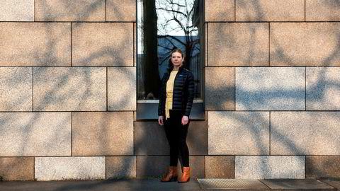 Nordmenn blir stadig lurt av ukjente utenlandske netthandelsselskaper, sier Pia Cecilie Høst i Forbrukerrådet.